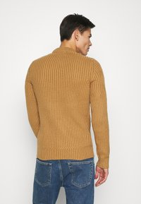 Pier One - Jumper - camel - 2