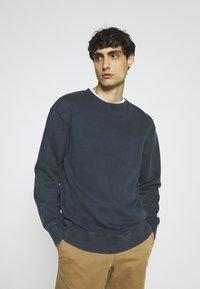 Selected Homme - SLHRELAXLUIS - Sweatshirt - sky captain - 0