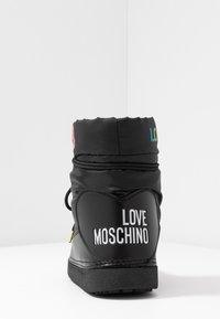 Love Moschino - KUSS - Winter boots - black - 5