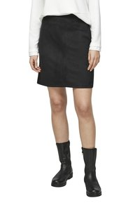 s.Oliver - IN VELOURSLEDER OPTIK - A-line skirt - black - 0