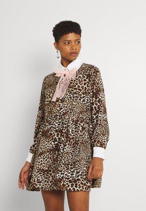 KEEPSAKE MINI SMOCK DRESS - Shirt dress - brown