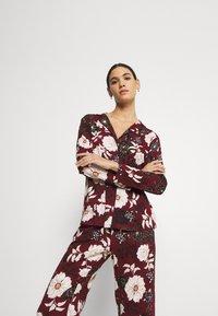 s.Oliver - SET - Pyjamas - bordeaux - 3