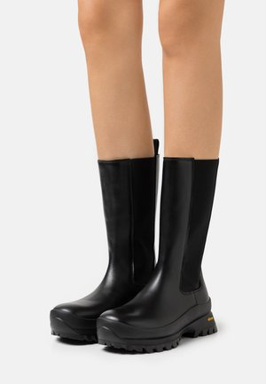 CHELSEA BOOTS - Boots - black