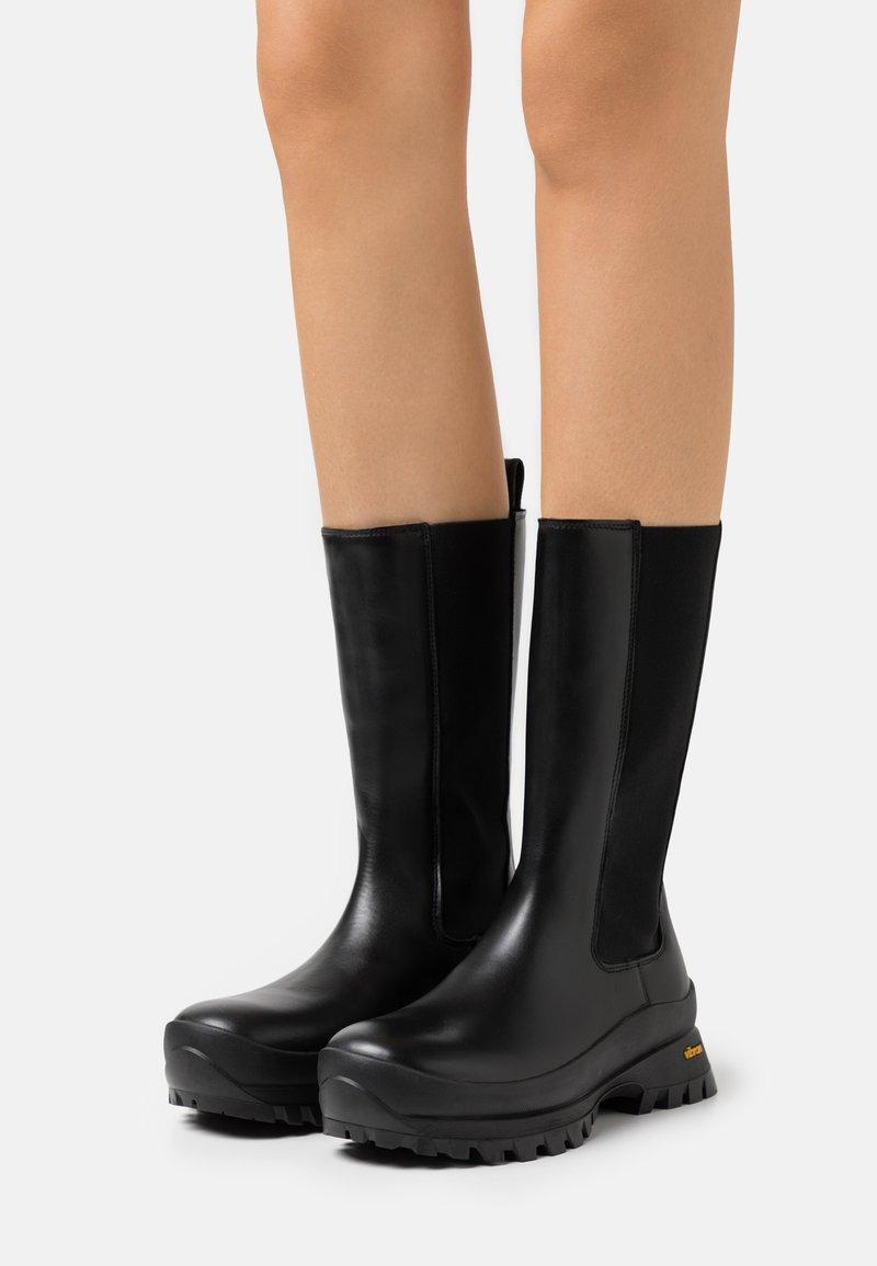 ARKET - CHELSEA BOOTS - Boots - black