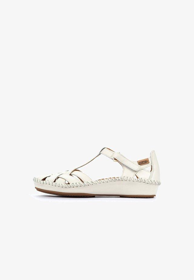 VALLARTA - Wedge sandals - white