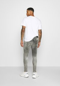 Gym King - WASHED RIP AND REPAIR - Jeans Skinny Fit - dark grey - 2