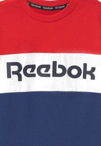 Reebok - COLOR BLOCK - Print T-shirt - red - 2