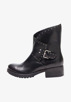XENIA - Cowboy/biker ankle boot - black