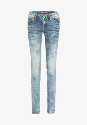 JEANS MIT FARBIGEN NÄHTEN - Jeans Skinny Fit - light blue