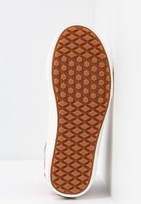 Vans - SK8 46 MTE DX - Chaussures de skate - lilac gray/obsidian - 6
