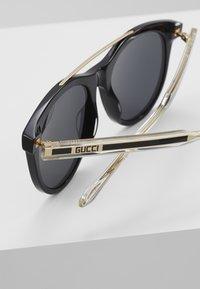 Gucci - Occhiali da sole - black/crystal/grey - 4