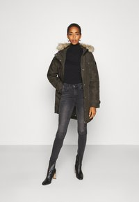 Vero Moda Tall - VMEXPEDITIONTRACK - Winter coat - peat - 1