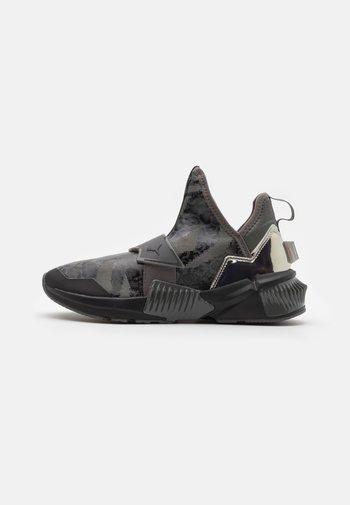 PROVOKE XT MID - Sports shoes - black/metallic silver/castlerock