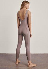 Massimo Dutti - Jumpsuit - nude - 1