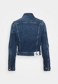 Calvin Klein Jeans - CROPPED 90S JACKET - Denim jacket - denim dark - 6