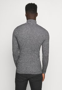 Pier One - MUSCLE FIT TURTLE - Pullover - mottled grey - 2