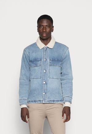 SHERPA OVERSHIRT - Denim jacket - indigo
