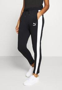 Puma - CLASSICS TRACK PANT  - Pantaloni sportivi - black - 0