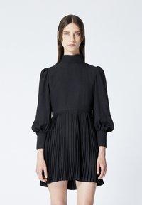The Kooples - À DÉTAIL PLISSÉ - Day dress - black - 0