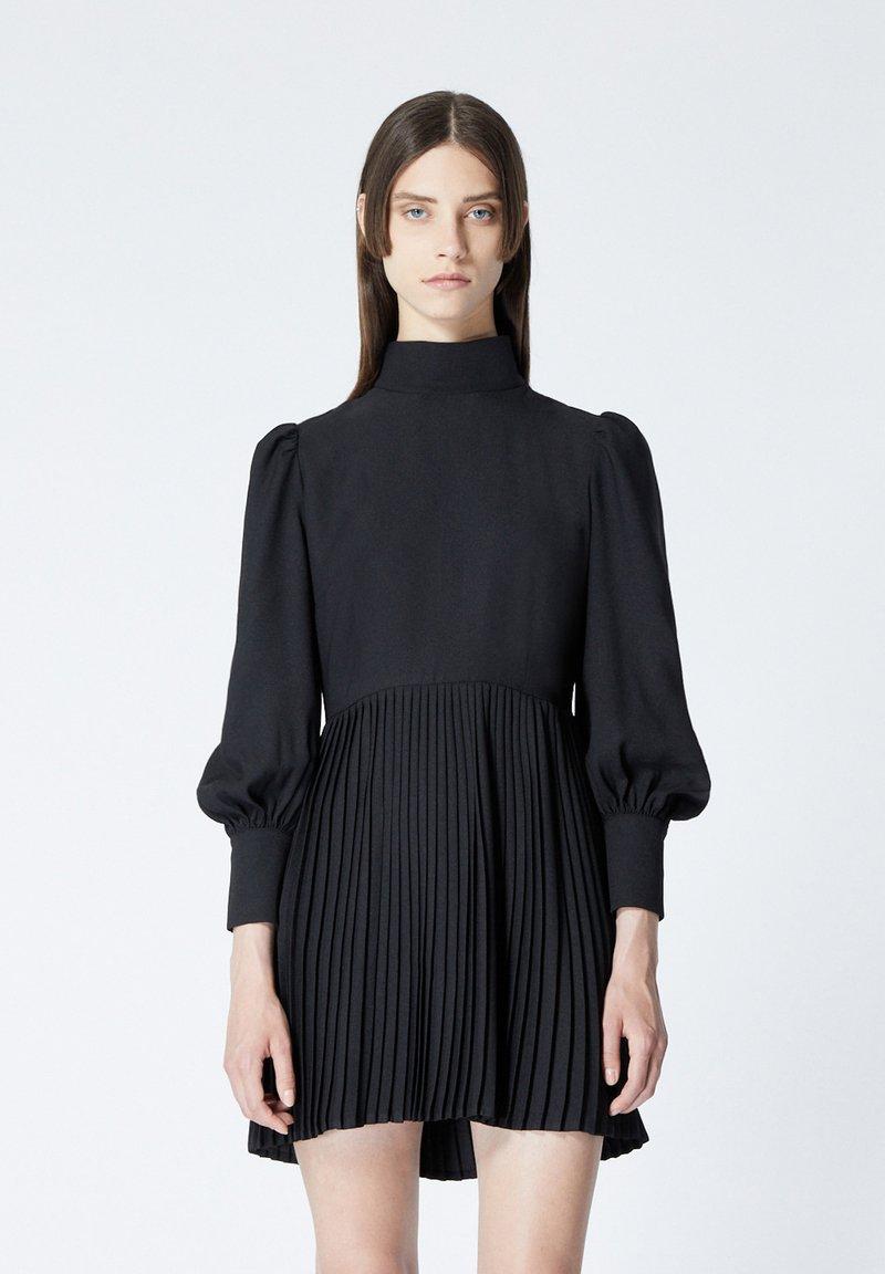 The Kooples - À DÉTAIL PLISSÉ - Day dress - black