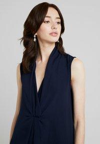 KIOMI TALL - SMART V NECK COLUMN DRESS - Maxi dress - dark blue - 3