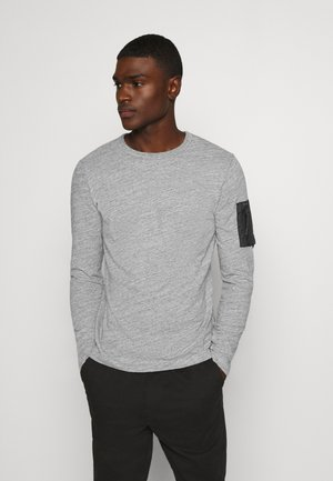 Langærmede T-shirts - medium grey