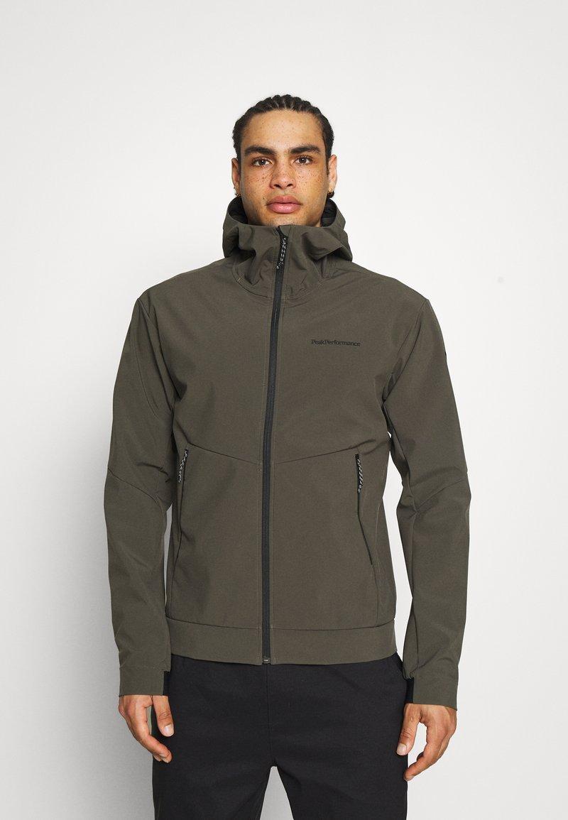 Peak Performance - ADVENTURE HOOD JACKET - Winter jacket - black/olive
