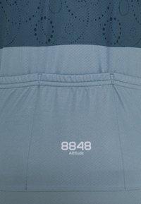 8848 Altitude - EVY BIKE  - T-Shirt print - indigo - 2