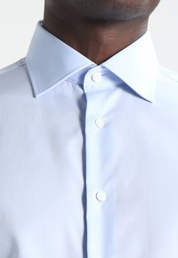 Tommy Hilfiger Tailored - FITTED - Formal shirt - blue - 3