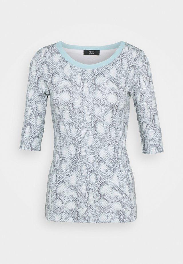 Camiseta estampada - celeste