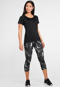 LASCANA Active - MIT BREITEM BUND - Leggings - black - 1