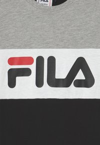 Fila - MARINA BLOCKED TEE UNISEX - Print T-shirt - black/light grey melange/bright white - 2
