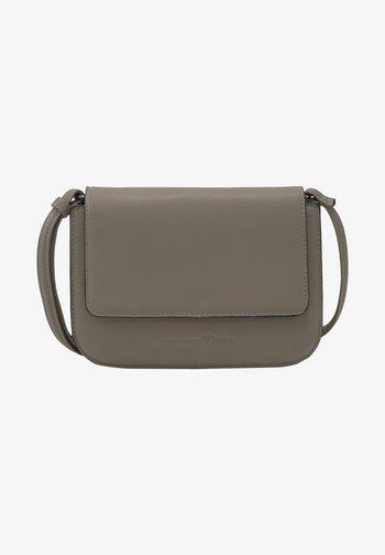 TREA - Across body bag - mid grey