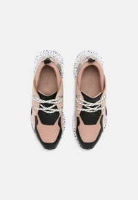 Madden Girl - CHUNK - Trainers - pink/multi - 5