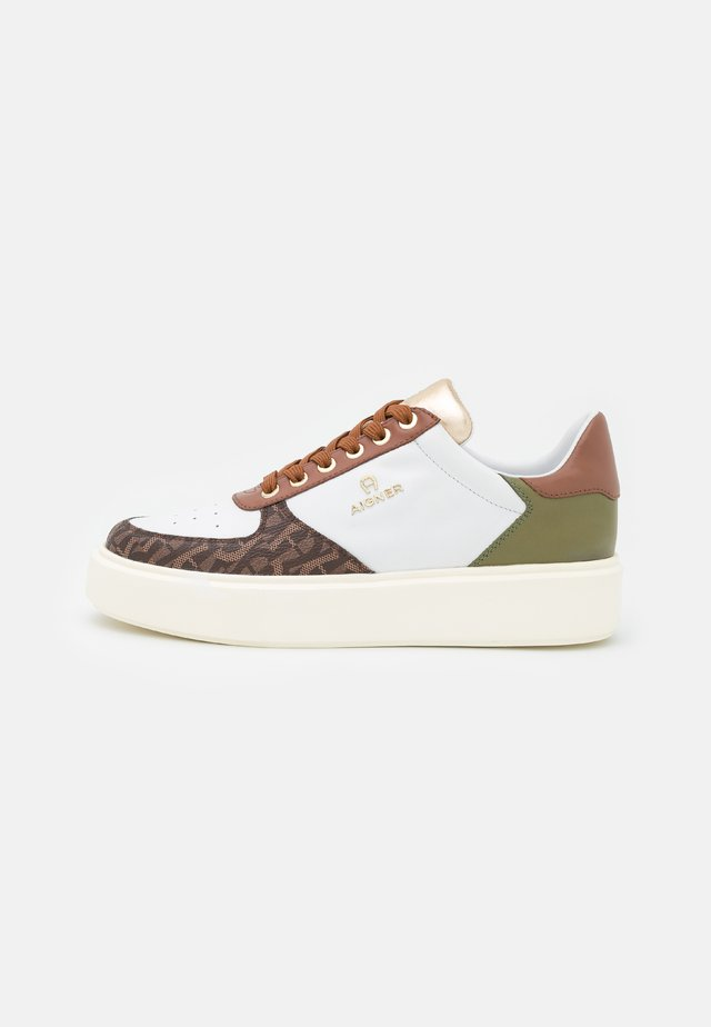 SALLY  - Sneakers - white/brown/green