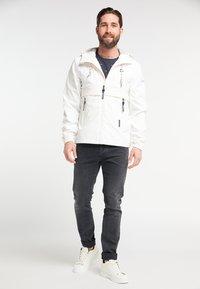 Schmuddelwedda - Waterproof jacket - white - 1