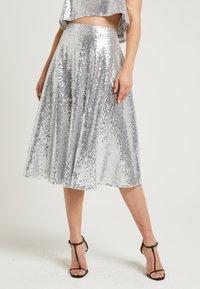 NA-KD - ZALANDO X NA-KD - A-snit nederdel/ A-formede nederdele - silver - 0