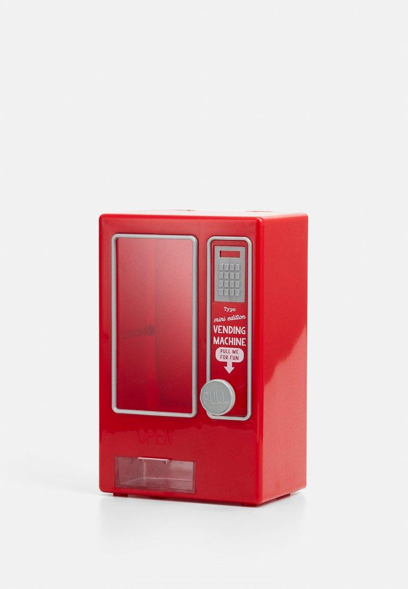 TYPO - MINI VENDING MACHINE - Accessorio - red