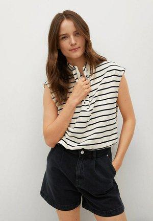 REGINA - Szorty jeansowe - black denim