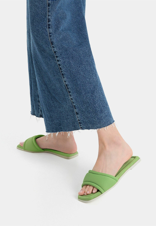 Damen Pantolette flach
