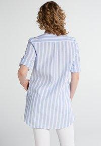 Eterna - MODERN  - Button-down blouse - hellblau/weiß - 1