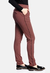 Vive Maria - Trousers - rot allover - 3
