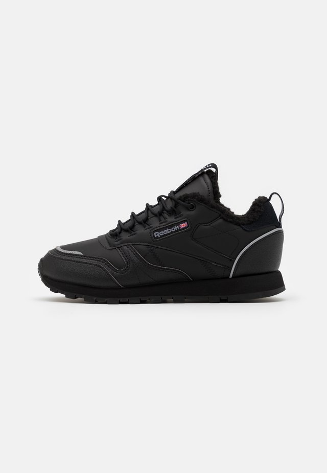 UNISEX - Trainers - black/hivior