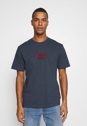 GOODBYE RETRO FIT TEE - Print T-shirt - stone blue