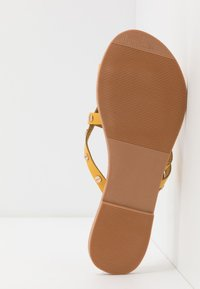 Dorothy Perkins - JANGO STUD TRIM SLIDE - T-bar sandals - yellow - 6