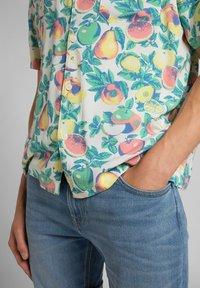 Lee - RESORT - Shirt - fairway - 5