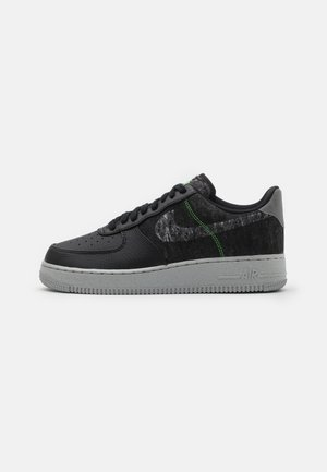 AIR FORCE 1 '07 LV8 - Matalavartiset tennarit - black/clear/electric green/light bone/smoke grey
