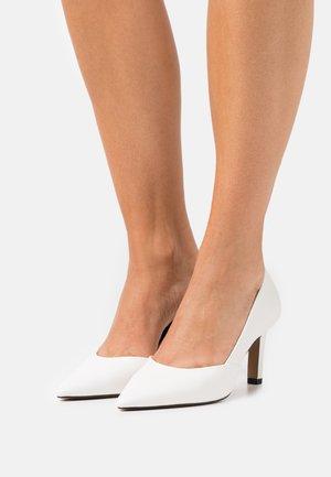 VEGAN ARIAA - Classic heels - white