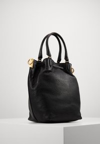 Coccinelle - GABRIELLE SOFT BUCKET - Handbag - noir - 2