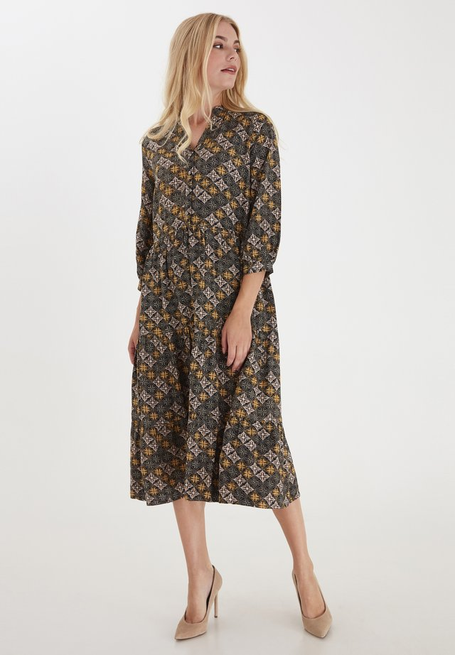 Shirt dress - misty rose mix